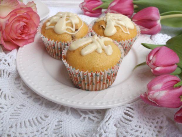 Jogurtowe muffinki z bakaliami