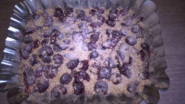 Jogurtowe z wiśniami i płatkami owsianymi