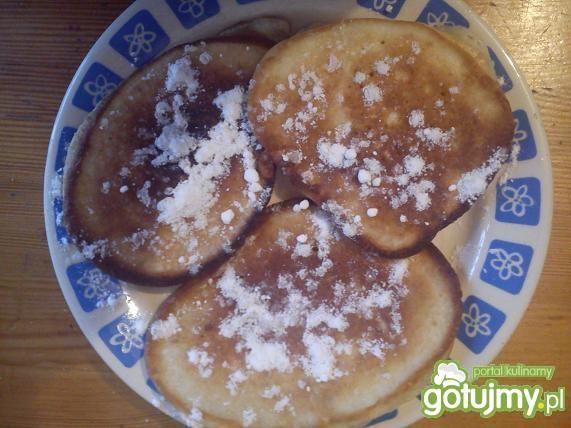 Jogurtowo-bananowe racuchy z rodzynkami