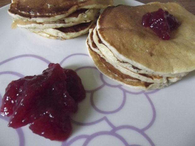 Jogurtowo orzechowe pancakes