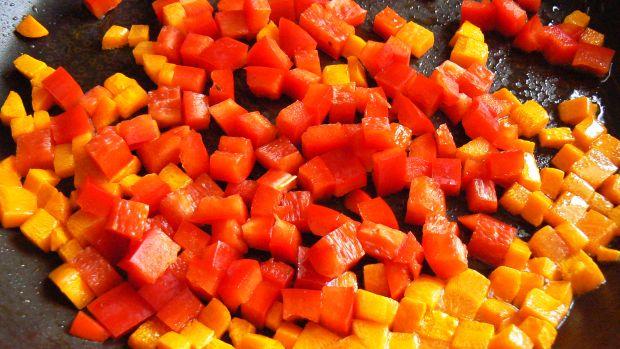 Kaczka z ryżem i warzywami