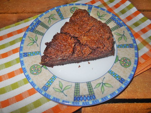 Kakaowa sypana szarlotka z wiśniami