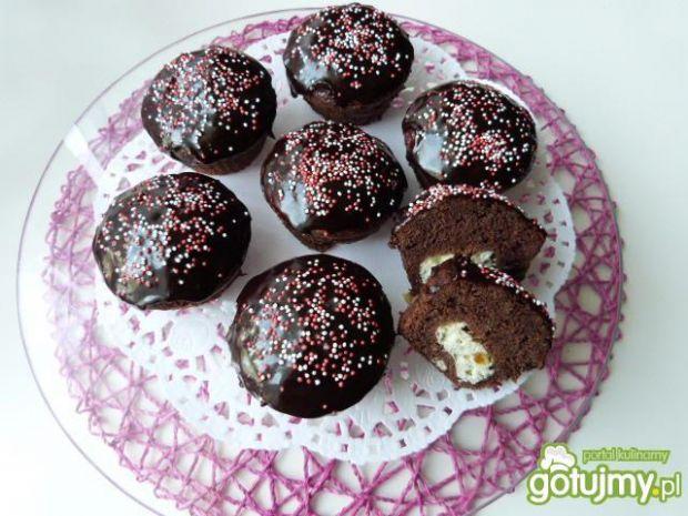 Kakaowe muffinki z serkiem