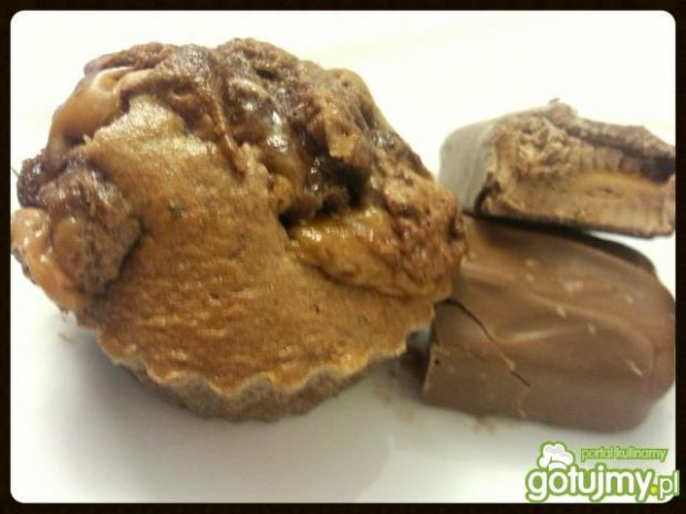 Kakaowe muffiny z batonem Mars