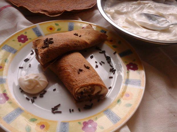Kakaowe naleśniki z białym serem