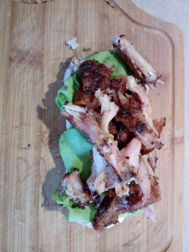 Kanapka z grillowanym kurczakiem