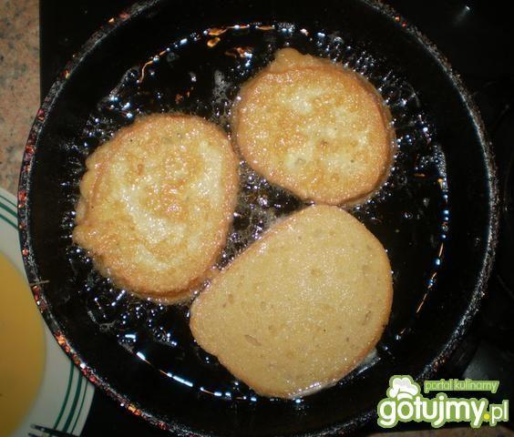 Kanapki z jajkiem na gorąco