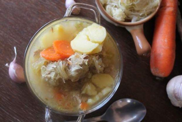 Kapuśniak - zupa lub danie jednogarnkowe