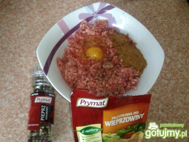 Kapusta pekińska faszerowana mięsem