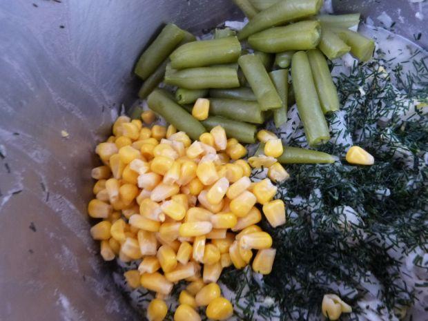 Kapusta z fasolką i kukurydzą