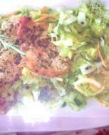 Kapusta z ziołowymi kotletami