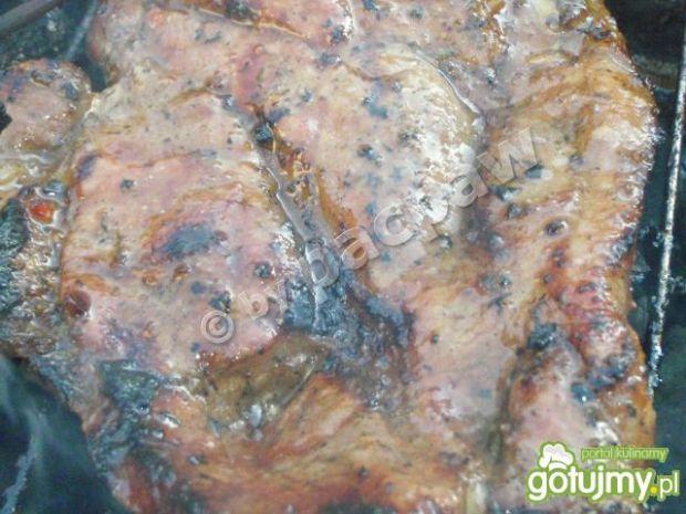 Karkówka miodowa na grilla