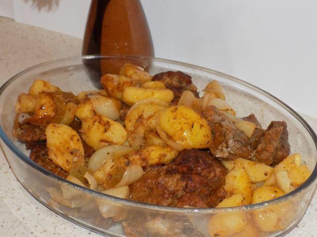 Karkówka pieczona z ziemniakami