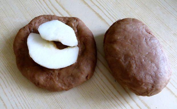 Karobowe bułeczki z jabłkiem