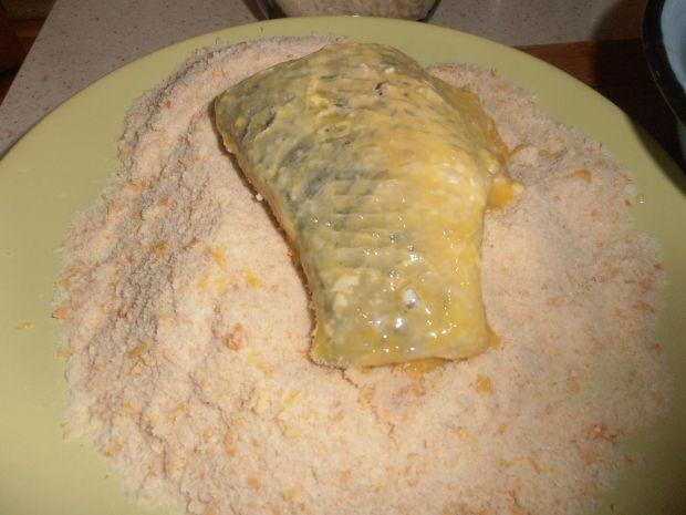 Karp w cytrynowej panierce pieczony