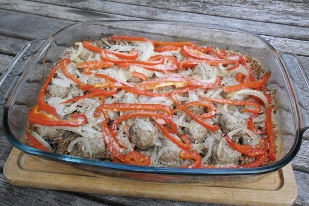 Kasza gryczana zapiekana z mięsem i warzywami