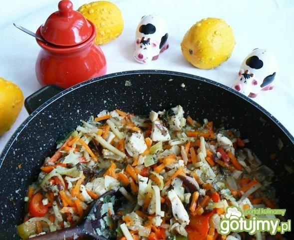Kasza jęczmienna z warzywami  kurczakiem