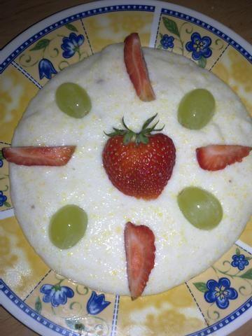 Kaszkowo- jogurtowy deserek z owocami