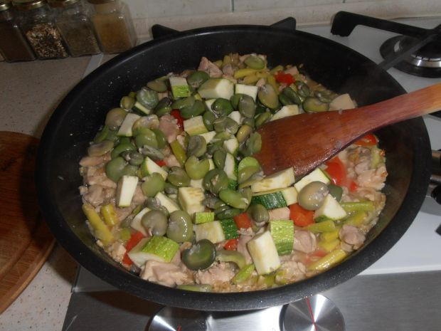 Kaszotto z fasolką szparagową, papryką  i bobem
