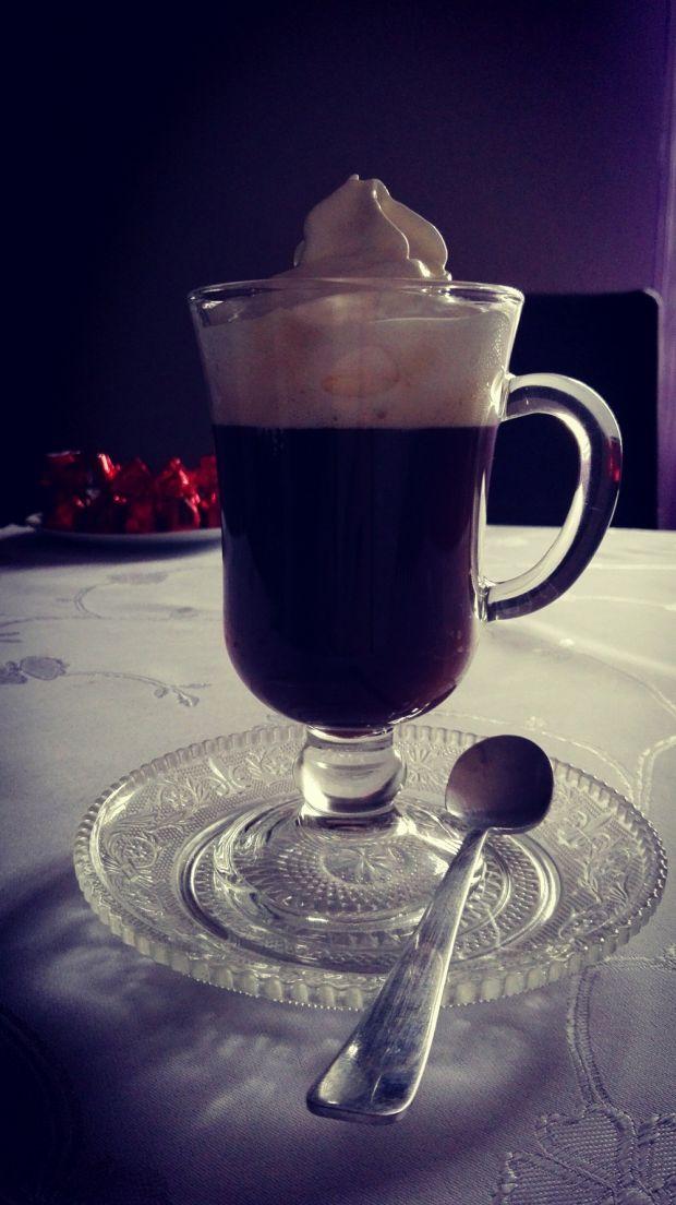 Kawa po irlandzku - Irish Coffee wg femme0fatale