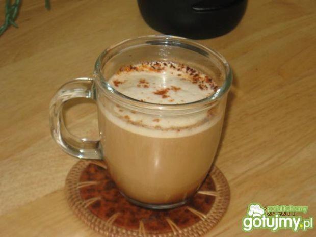 Kawa z cynamonem oraz papryczka chili