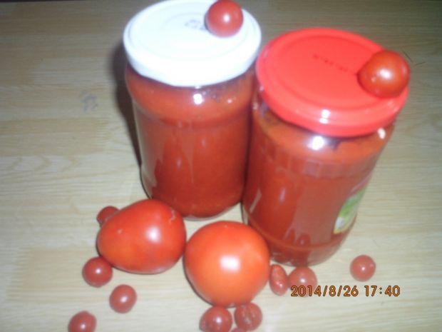 Ketchup paprykowo-cukiniowy