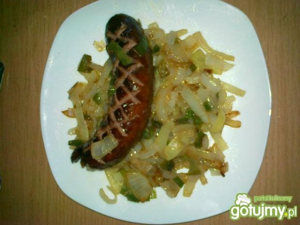 Kiełbasa w cebuli 2
