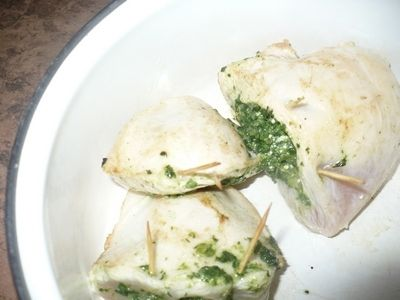 Kieszonki z piersi kurczaka nadziewane szpinakiem