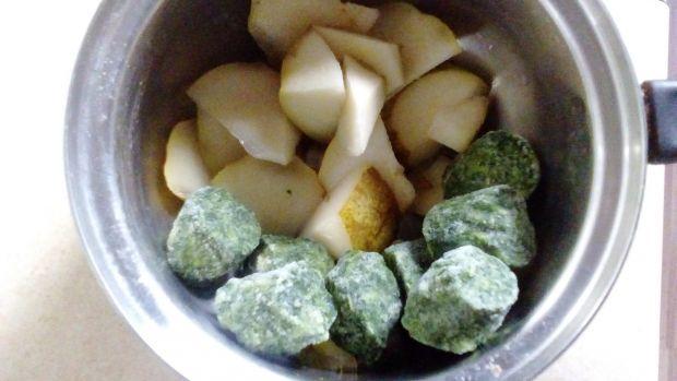 Kisiel gruszkowy ze szpinakiem