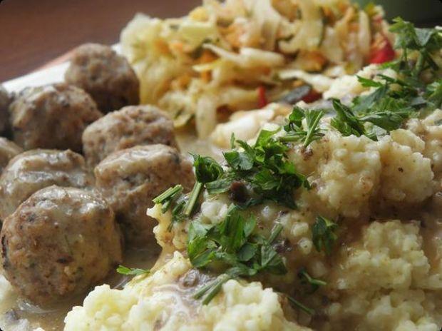 Klopsiki mięsno-grzybowe z sosem