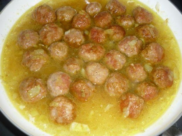 Klopsiki z indyka w sosie curry