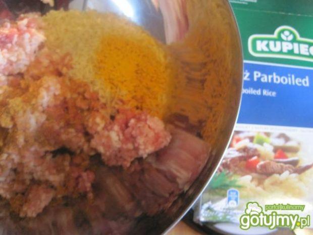 Klopsiki z ryżem i marchewką
