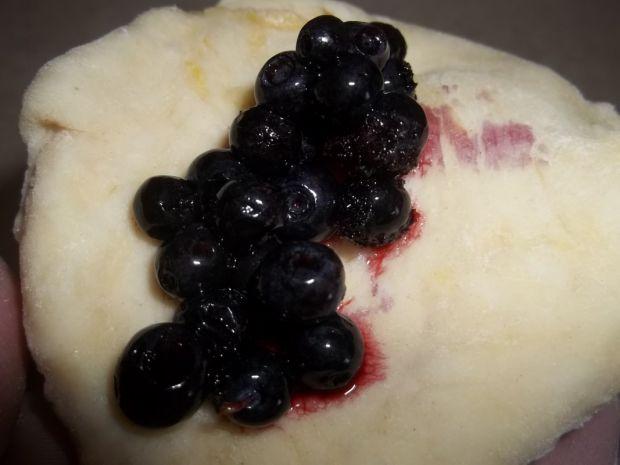 Kluski na parze z jagodami