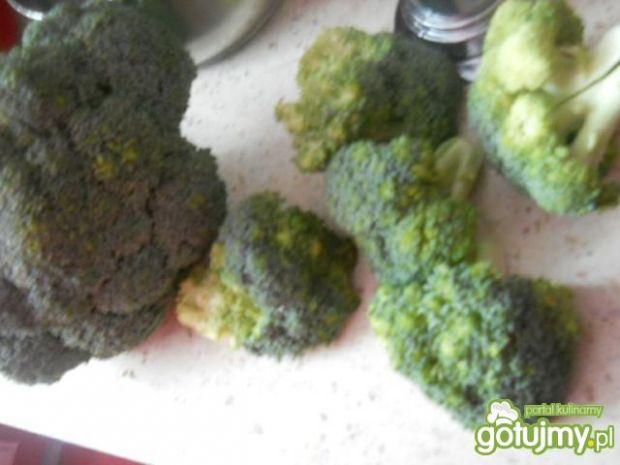 Kluski slaskie z brokułami