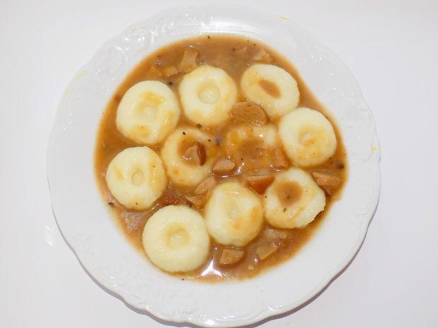 Kluski śląskie z sosem borowikowym