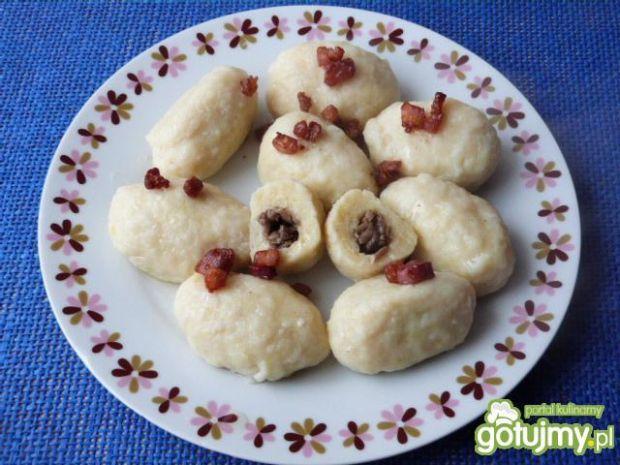 Knedle ziemniaczane z pieczarkami