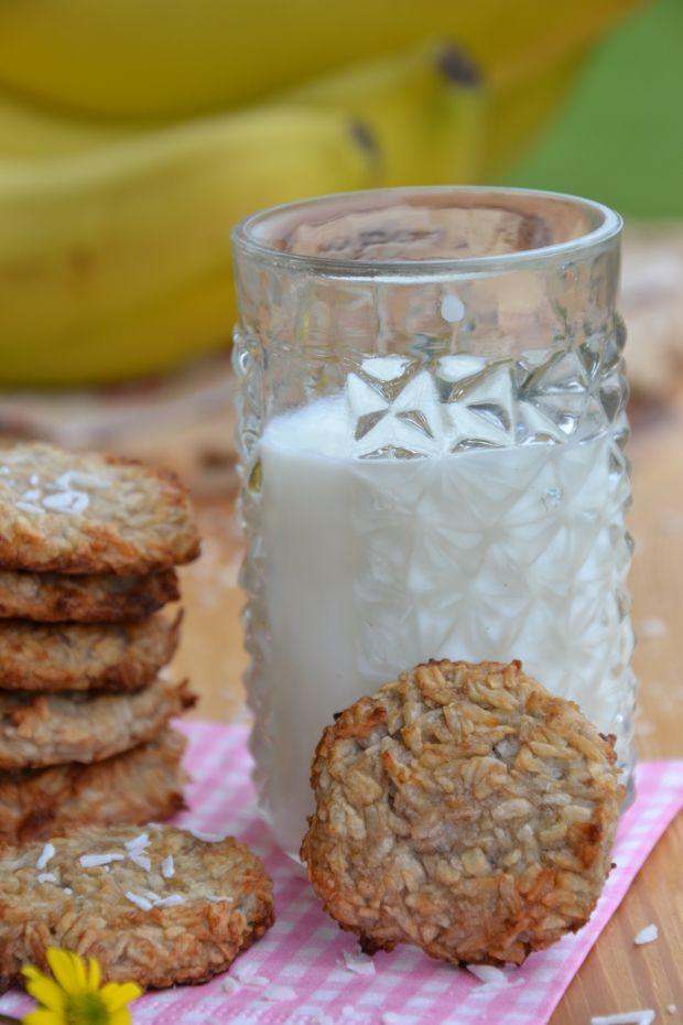Kokosanki z dwóch składników, bez jajek i cukru