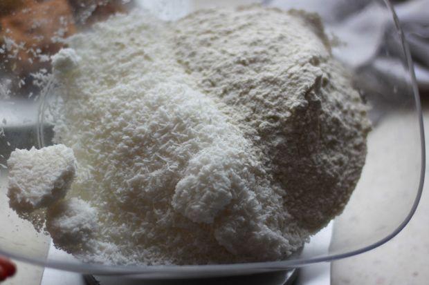 Kokosowa babka