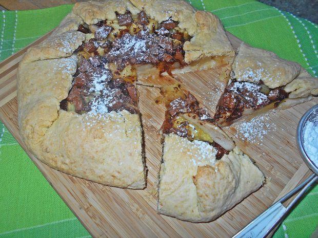 Kokosowa tarta rustykalna z ananasem i czekoladą