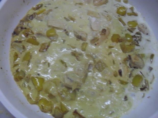 Kokosowo-szpinakowe curry