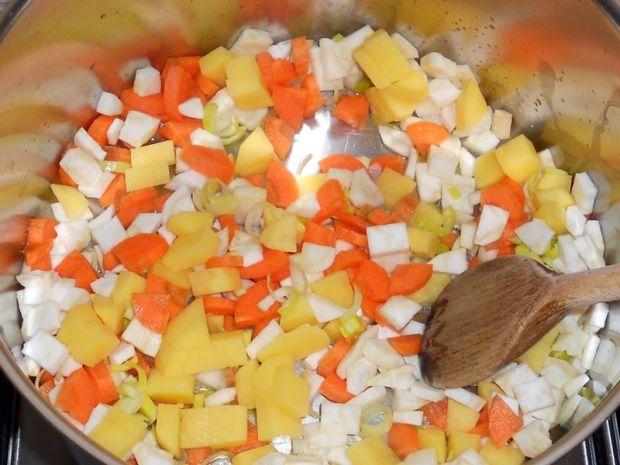 Kokosowy krem z pieczarek