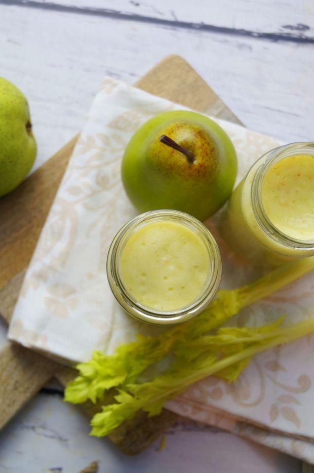 Koktajl ananasowo-gruszkowo-jabłkowy