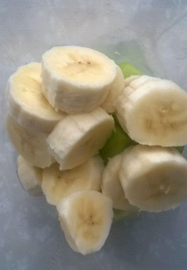 Koktajl bananowy z melonem na soku pomarańczowym