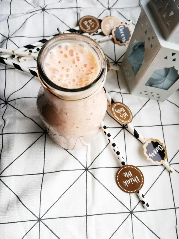 Koktajl jogurtowo-grejpfrutowy