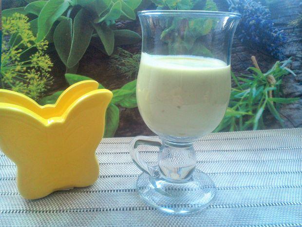 Koktajl jogurtowy z awokado