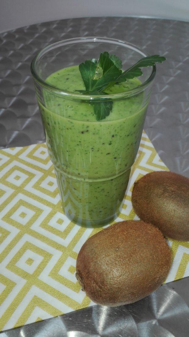 Koktajl nr 1 Kiwi z pietruszką Dieta 1200 kalorii