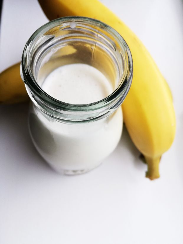 Koktajl owsiankowo-bananowo-kokosowy