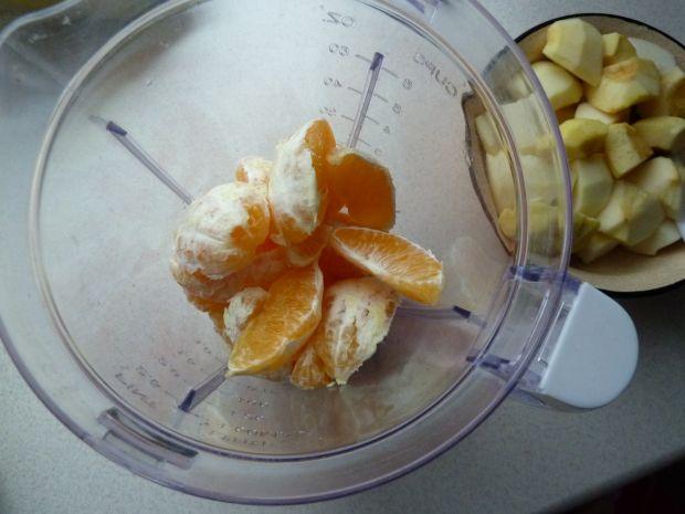 Koktajl: pomarańcza, jabłko, banan, marchewka