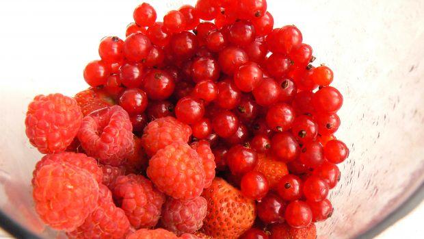 Koktajl z czerwonych owoców