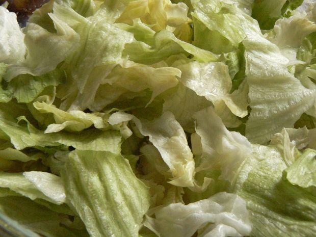 Kolorowa sałatka z rzodkiewką